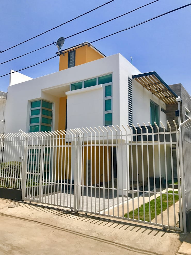 Italian House: Casas de estilo  por Alta Gama Arquitectos