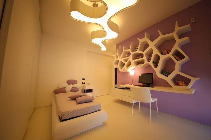 Dormitorios infantiles de estilo  por Studio di Segni