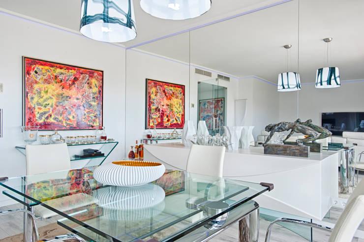 Sala - zona de refeições: Salas de jantar  por menta, creative architecture
