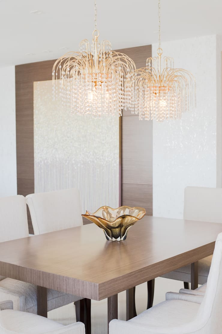 Dining room by Monica Saravia