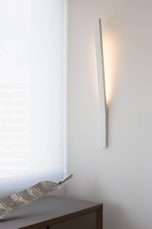 Walls & flooring by Monica Saravia