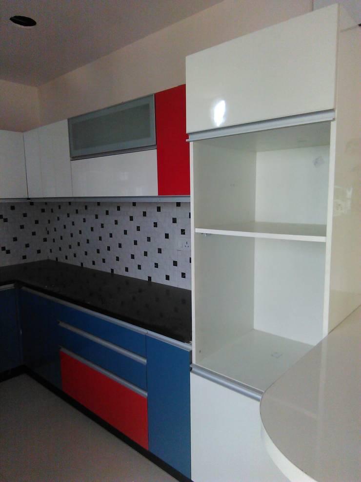 modular kitchen: minimalistic Kitchen by BYOD Dezigns