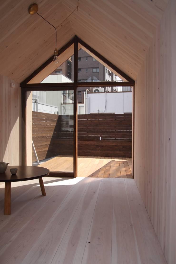 ひなたぼっ小屋: akimichi designが手掛けたです。