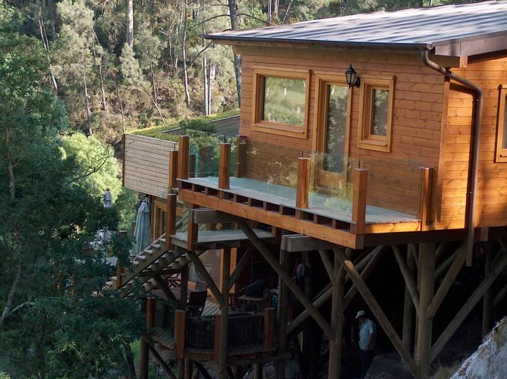 Rumah kayu oleh Rusticasa, Modern Kayu Buatan Transparent