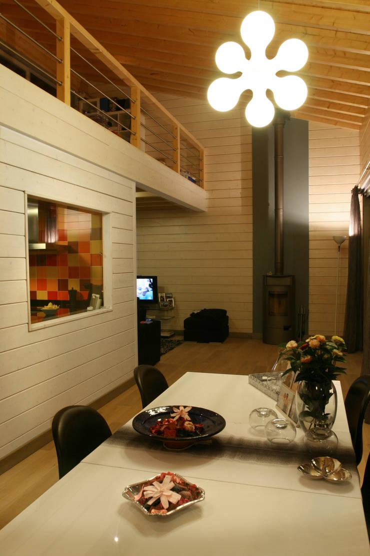 Ruang Makan oleh Rusticasa, Skandinavia Kayu Wood effect