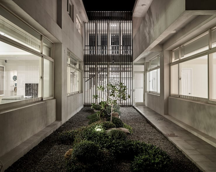 北緯23.5度    23.5 Degrees North of the Equator:  庭院 by Glocal Architecture Office (G.A.O) 吳宗憲建築師事務所/安藤國際室內裝修工程有限公司