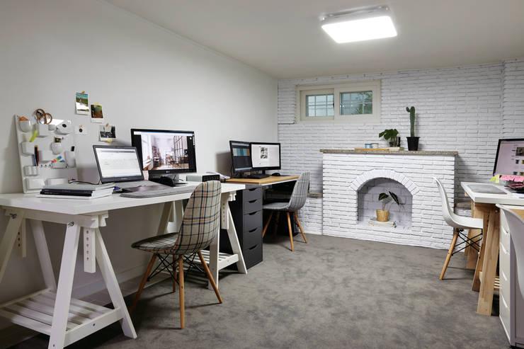 مكتب عمل أو دراسة تنفيذ 노르딕앤