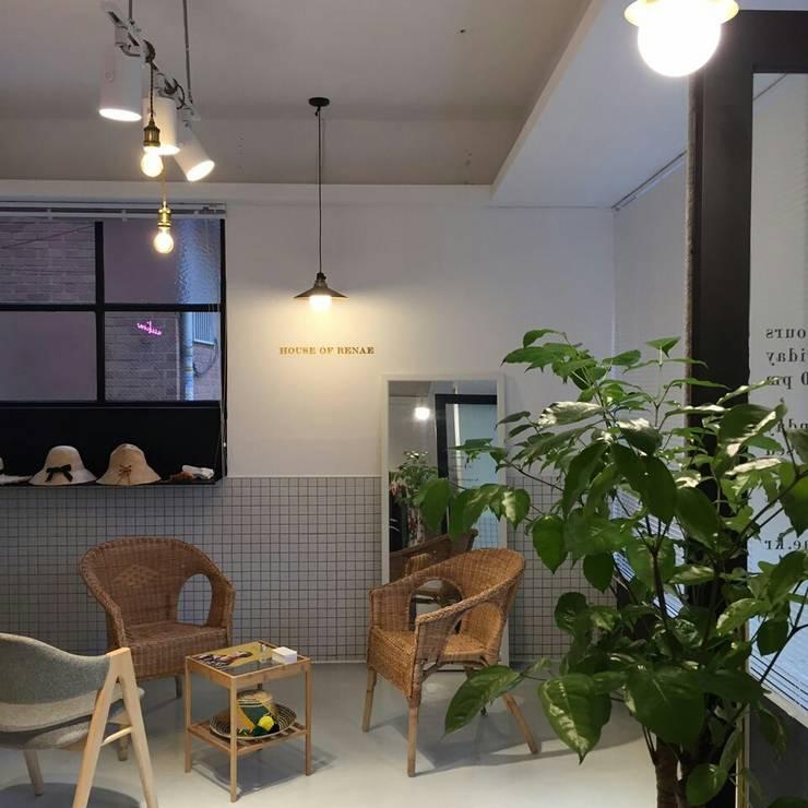 하우스 오브 르네: 노르딕앤의  상업 공간,모던