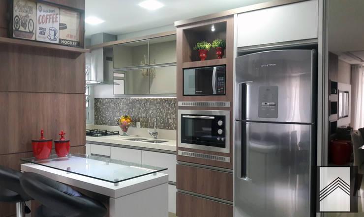 Projekty,  Kuchnia zaprojektowane przez Abitarte - Arquitetura e Interiores