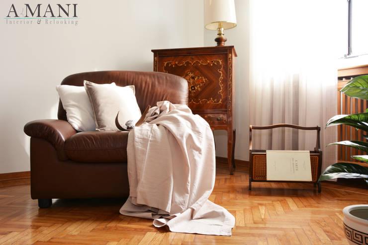 Dettaglio Soggiorno:  in stile  di A4MANI - Interior & Architecture