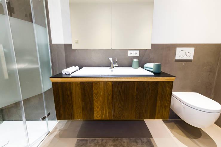 Baños de estilo  por OONITOO - interior elements