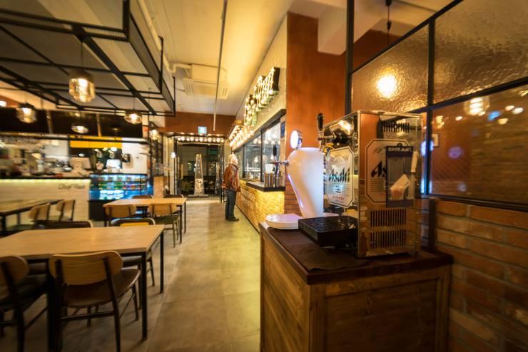 CHEFRUN 논현역 인테리어: im100 communications의  레스토랑