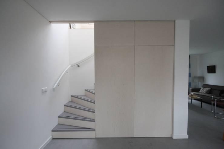 modern  von Obliq Architectuur, Modern