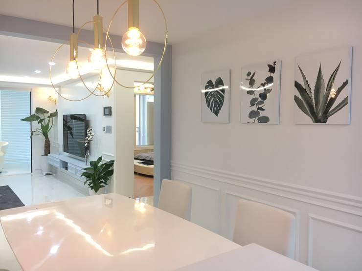 [주거공간] 아파트 인테리어 40평형대: Design Partner Blue box의  다이닝 룸,
