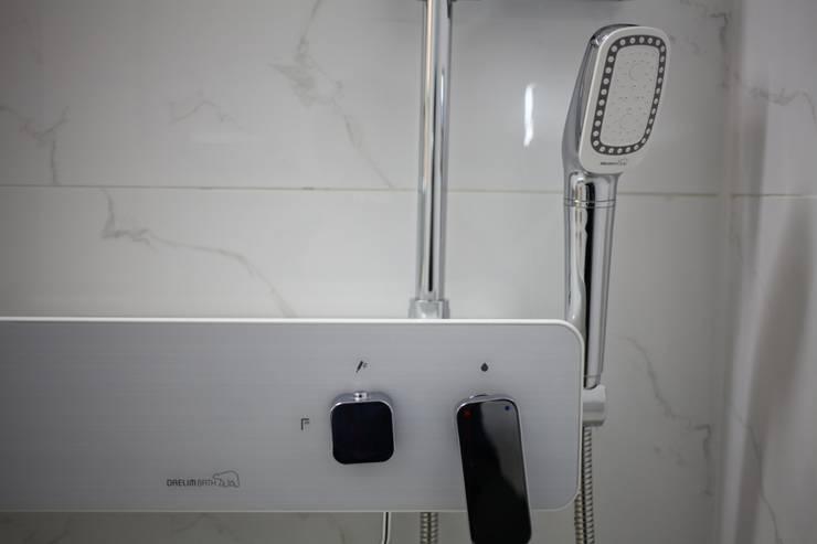 시흥 대야동 아파트24평형 인테리어: 디자인모리의  욕실