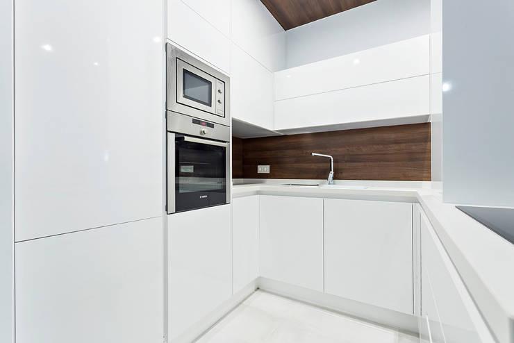 Cocinas de estilo  por PL Architecture