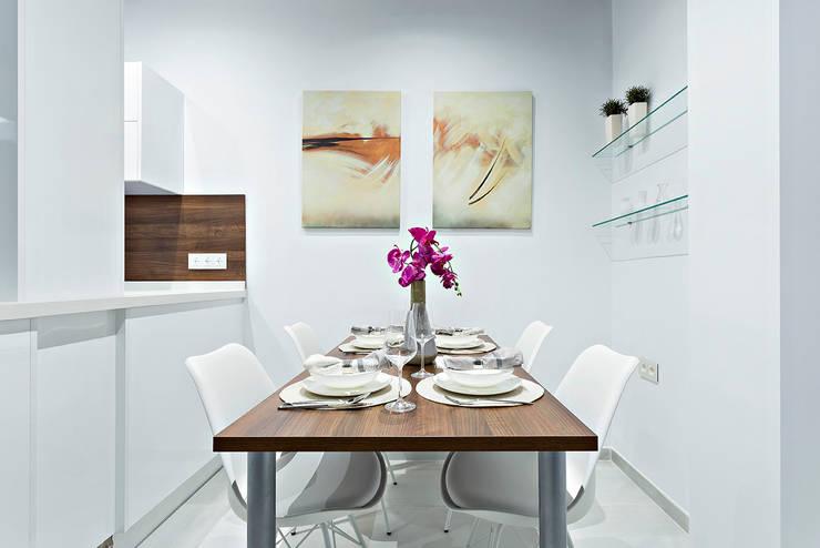 Comedores de estilo  por PL Architecture