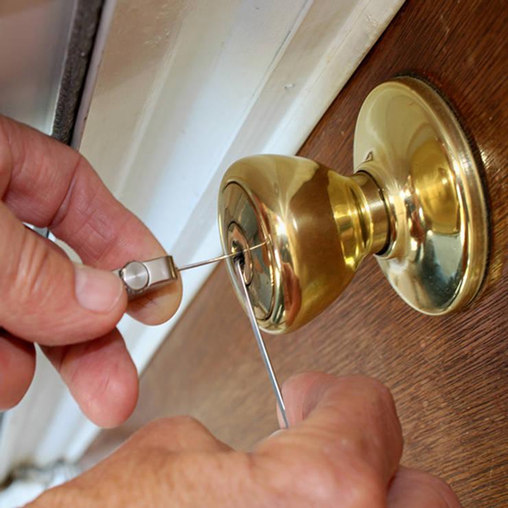 Professional Lock Picking:   by Locksmiths Christchurch
