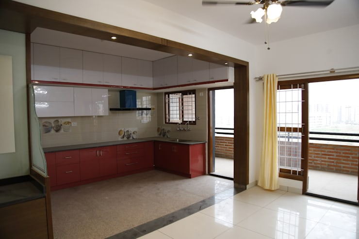 L Shaped Kitchen Design India:  Kitchen by Scale Inch Pvt. Ltd.