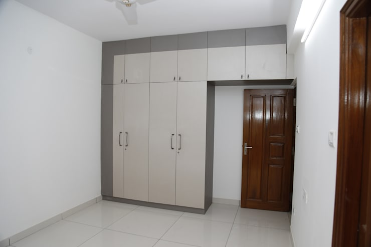 Wooden Wardrobe Online India:  Bedroom by Scale Inch Pvt. Ltd.
