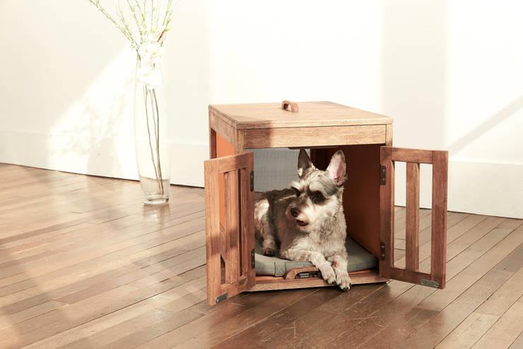 반려동물 가구 Pet Furniture – 마이켄넬하우스 MY KENNEL HOUSE: TWOINPLACE의  거실