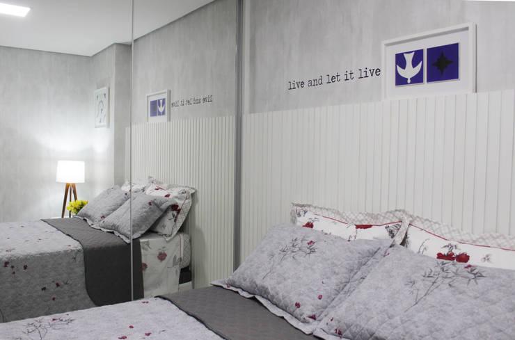 Bedroom by Studio MAR Arquitetura e Urbanismo