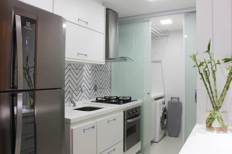 Cocinas de estilo  por Studio MAR Arquitetura e Urbanismo