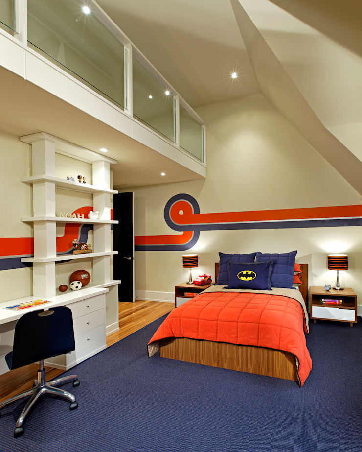 Boys Bedroom:  Bedroom by Douglas Design Studio