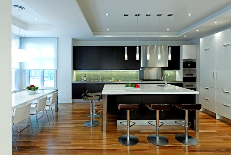 Kitchen & Island: modern Kitchen by Douglas Design Studio
