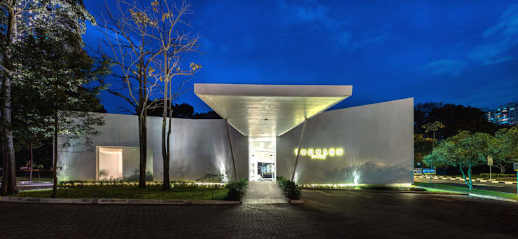 UOL Frame Gallery:  Exhibition centres by MinistryofDesign,