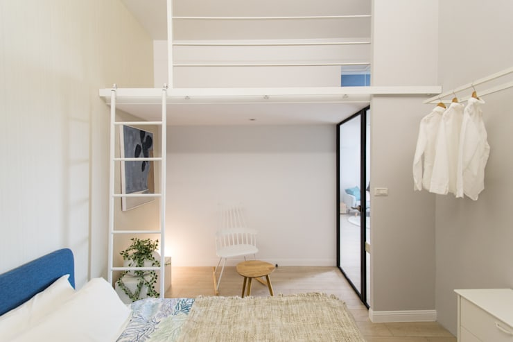 Dormitorios de estilo escandinavo por 宅即變空間微整形