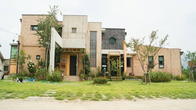 청람재 - 강원도 전원주택 : 규빗건축사사무소의  주택