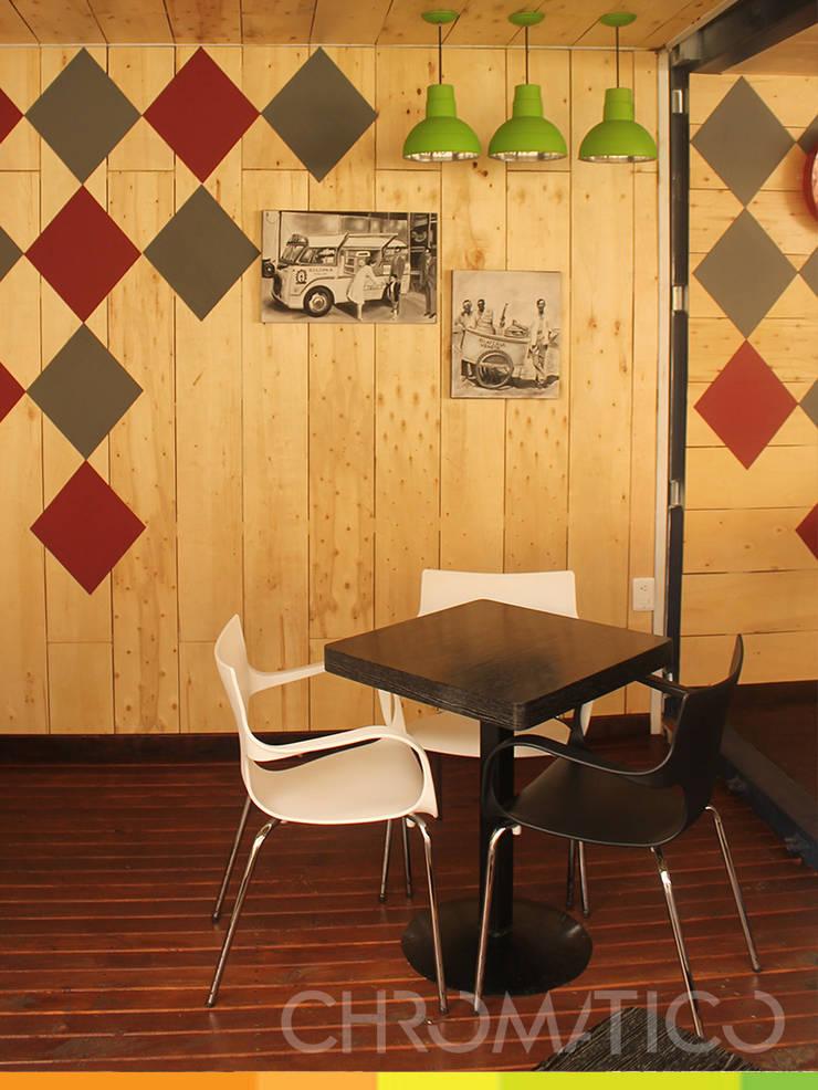 Gelati – Heladería : Espacios comerciales de estilo  por Chromatico Arquitectura