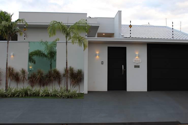 Projekty,  Domy zaprojektowane przez Arquiteta Bianca Monteiro