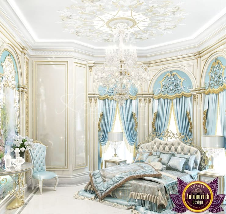 ​  Master Bedroom design by Katrina Antonovich :  Bedroom by Luxury Antonovich Design