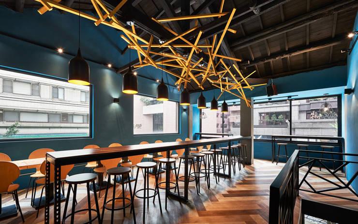 BooGoo Cafe'_「巢」。:  餐廳 by 有偶設計 YOO Design