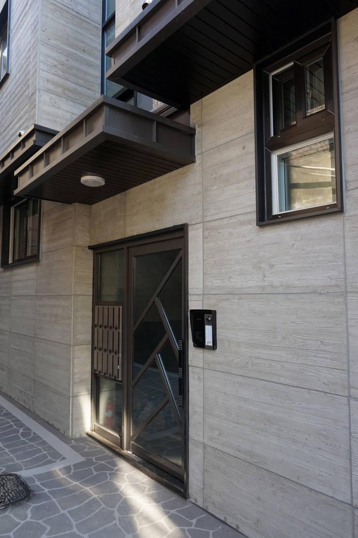 홍은동 루멘하우스 내외부 설계 및 시공감리: 마당디자인 / MADANGDESIGN의  주택