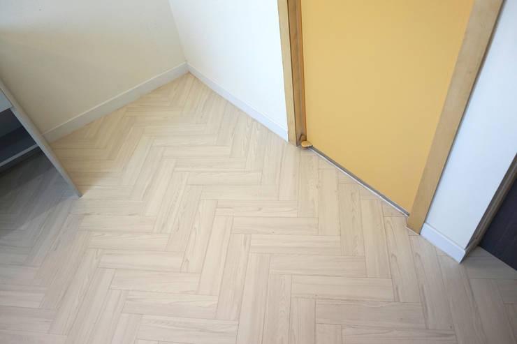 홍은동 루멘하우스 내외부 설계 및 시공감리: 마당디자인 / MADANGDESIGN의  방