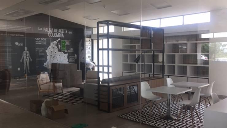 DISEÑO Y ADECUACIONES CENTRO DE INFORMACIÓN Y DOCUMENTACIÓN PALMAR DE LA SIERRA - FEDEPALMA CENIPALMA: Oficinas y tiendas de estilo  por Balance Arquitectura