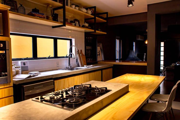 مطبخ تنفيذ Treez Arquitetura+Engenharia