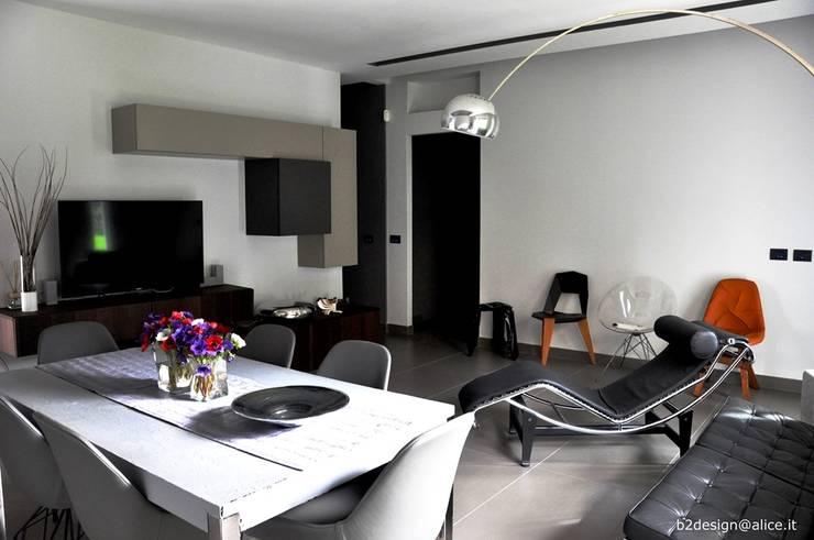 Salas de estilo  por COSTRUZIONI ROMA SRL