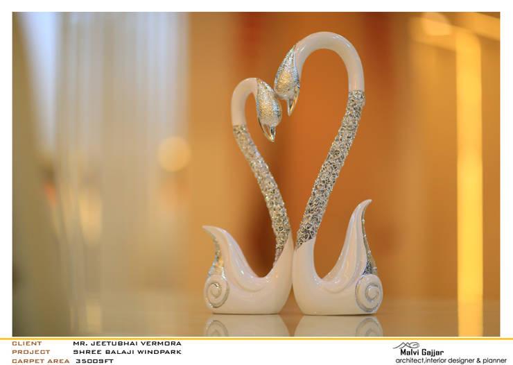 Sculpture:  Artwork by malvigajjar