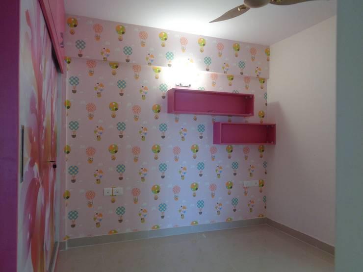 Bedroom Sets Furniture:  Bedroom by Scale Inch Pvt. Ltd.