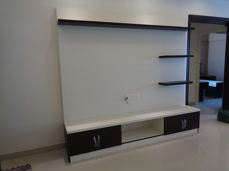 Wooden Furniture Designs For Living Room:  Living room by Scale Inch Pvt. Ltd.
