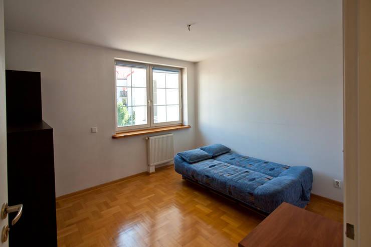 Sypialnia przed: styl , w kategorii  zaprojektowany przez Mhomestudio