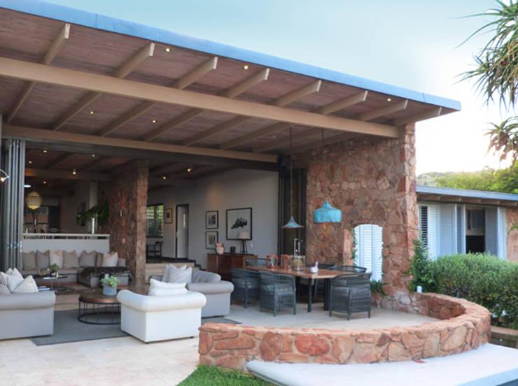 Herbert Baker Residence:  Patios by Full Circle Design, Modern Stone