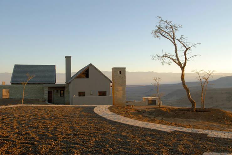 Nondela 3:  Houses by Full Circle Design