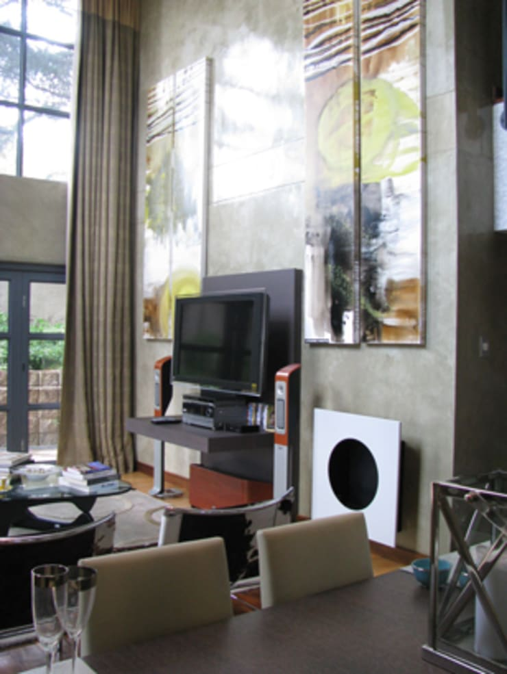 Icon @ Hydepark:  Media room by Full Circle Design, Modern