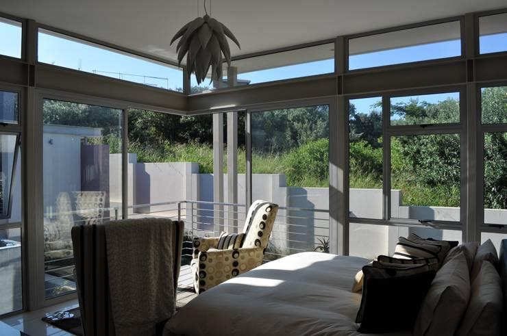 Ballito House KZN:  Bedroom by Karel Keuler Architects