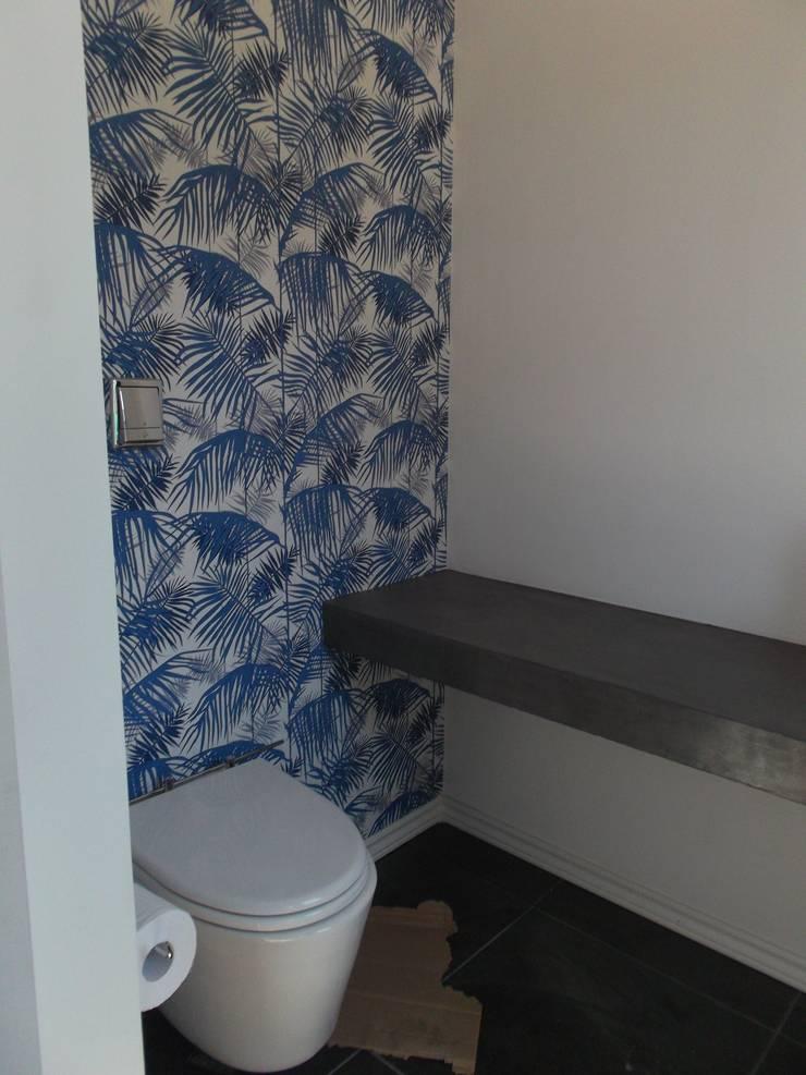 Banheiros modernos por Grupo PZ Moderno